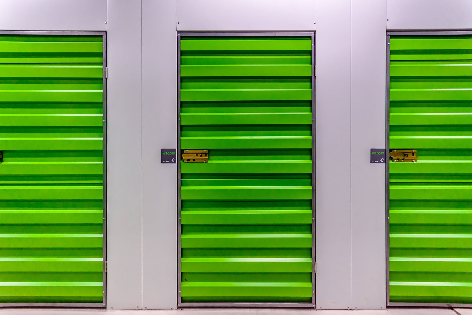25-sqft-self-storage-units-right-space-duba