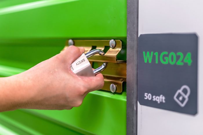 gallery-right-space-self-storage-dubai-lockable