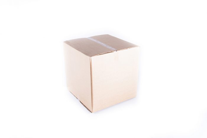 medium-cardboard-box-side
